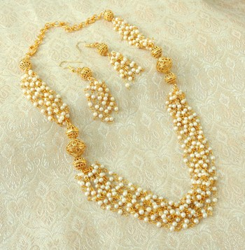 Elegent Golden Brass Pearl Beaded Mala Necklace Set