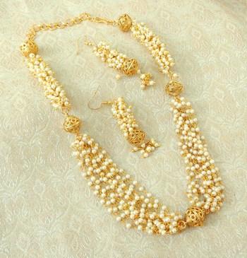 Elegent Golden Brass Pearl Beaded Mala Necklace Set
