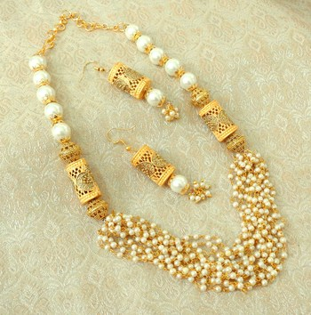 Elegent White Brass Pearl Beaded Mala Necklace Set
