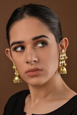 Gold Plated Kundan and Pearls Jhumka