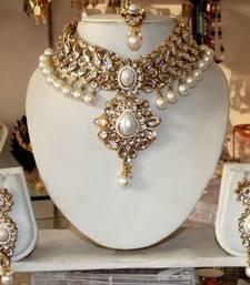 Buy KUNDAN White pearl Choker Necklace earring tika Set necklace-set online