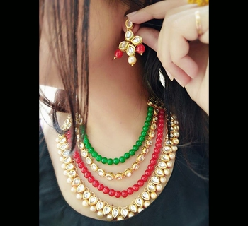 Red And Green Beads Kundan Necklac E Set