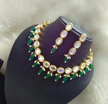 Kundan And Green Onyx Necklace Set