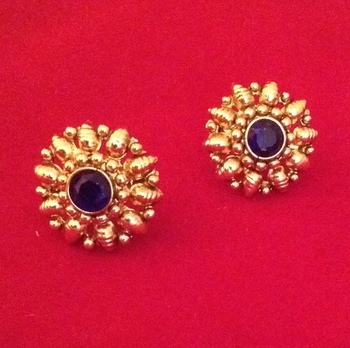 Ethnic South India Bollywood Kundan Stone Golden Stud Earring