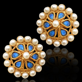Traditional south INDIA Stone Pearl Kundan bollywood studs set in golden base