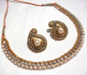 Golden Pearl Mango Necklace Set