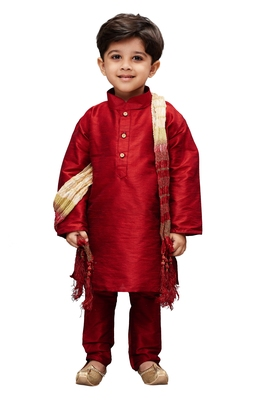 Boys' Maroon Cotton Silk Kurta Pyjama And Dupatta Set