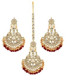 Maroon Color Imitation Peral Beautiful Kundan Earrings With Maang Tikka For Women
