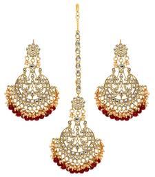 Maroon Color Imitation Peral Beautiful Kundan Earrings With Maang Tikka For Women