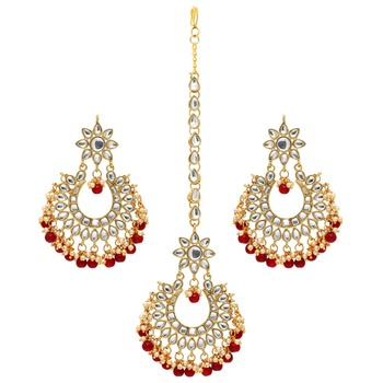 Maroon Color Imitation Peral Kundan Earrings With Maang Tikka