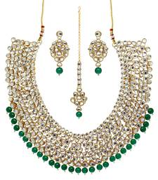 Green Color Imitation Pearl Kundan Necklace With Earrings & Maang Tikka