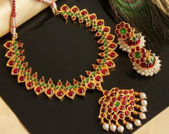 Beautiful Kemp Green Pearl Designer Temple Necklace Set