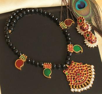 Beautiful Kemp Green Mango Designer Palakka Necklace Set