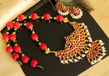 Beautiful Kemp Green Red Silk Thread Designer Necklace Set