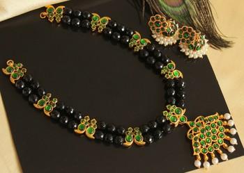 Beautiful Green Black Agate Designer Temple Necklace Set