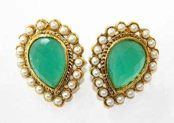 ANTIQUE GOLDEN GREEN N WHITE PEARLS TOPS