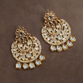Tasha Kundan Chandbali Earrings