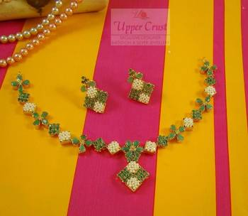 Emerald Pearl Navratna Necklace Jewellery