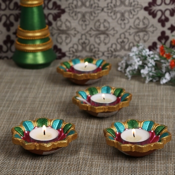 Aapno Rajasthan Multicolor Teracotta Floral Design Diyas For Diwali - Set Of 4