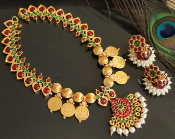 Beautiful Kemp Green Pearl Coin Designer Necklace Set