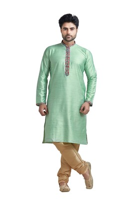 Green Plain Bhaghalpuri Kurta Set With Printed Patti On Collar And Placket With Gundi Buttons