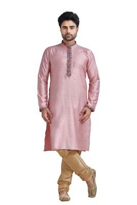 Pink Plain Bhaghalpuri Kurta Set With Printed Patti On Collar And Placket With Gundi Buttons