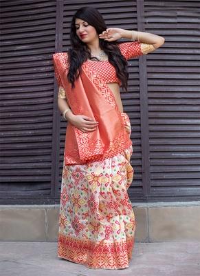 Monjolika Fashion Off white woven silk blend saree with blouse
