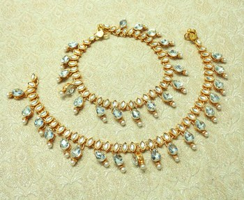 White Kundan Stone Gold plated Adjustable Free Size Anklet Payal for wedding Festival - LLA06_WT