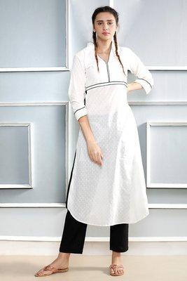 White plain cotton stitched kurti