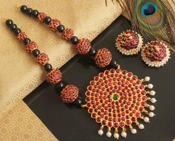 Beautiful Kemp Green Big Pendant Pearl Designer Temple Necklace