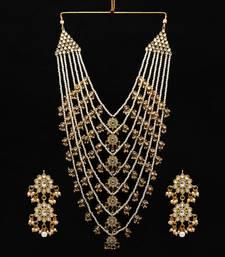 White Necklace Set