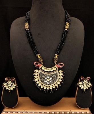 Red Green Cyrstal Kundan Meenakari Jewelry Set