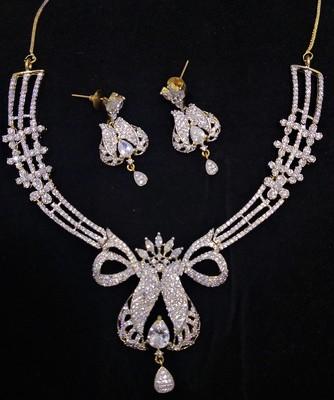 White CZ Crown Shape Designer Jewelry Set