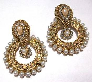 Golden pearl Antic polki earrings