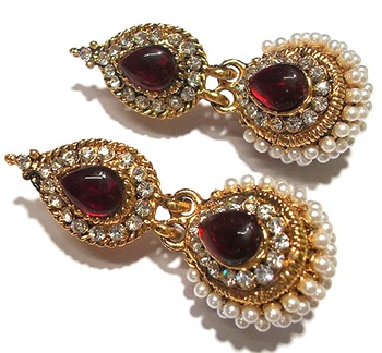 Maroon pearl jhumka earring
