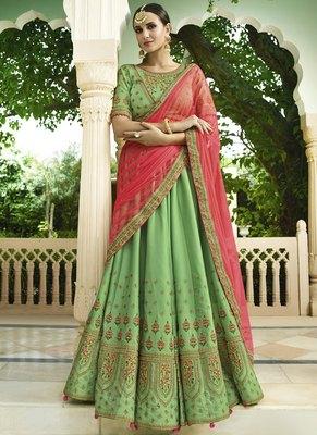 Bollywood style Embroireded wedding semi-stitched Lehengha