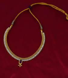 Buy Handmade Golden Thushi with White Moti & Kundan party-jewellery online