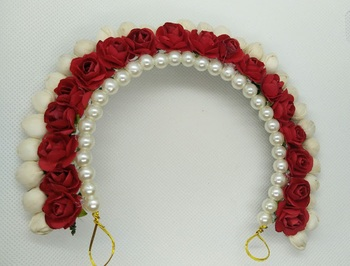 Red hair accessories