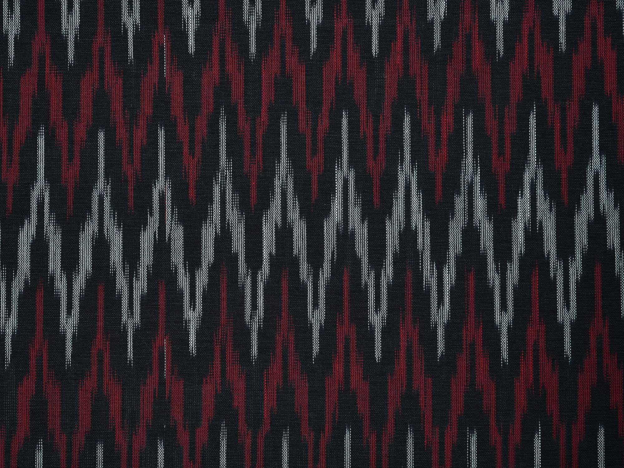 50d2ce1c71cf17 Maroon and Black Pochampally Ikat Cotton Handloom Saree with Zig-Zag Design  No Blouse - Uppada Sarees - 2782069