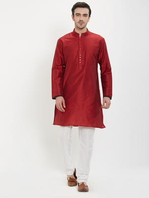 irin Maroon Poly Viscose Full Sleeves Solid Mandarin Kurta Churidar Set For Men