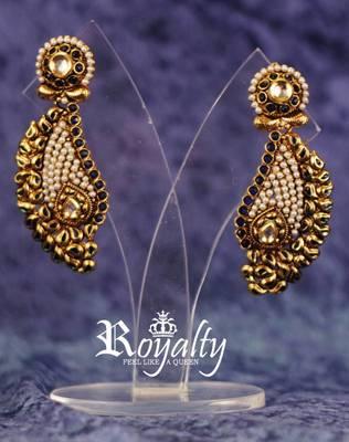 Royal Polkis Elegant Curve Earrings, Pearls Studded