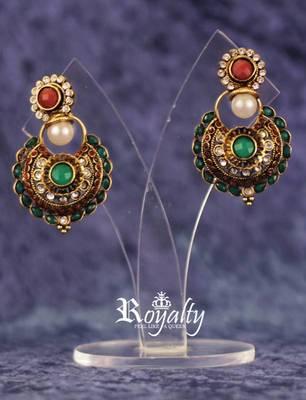 Royal Polkis Kundan Round Earrings