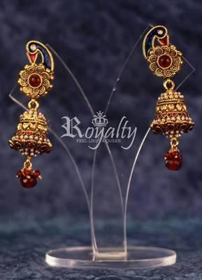 Royal Ghanta Polkis Round Earrings, Pearls & Gemstone Studded