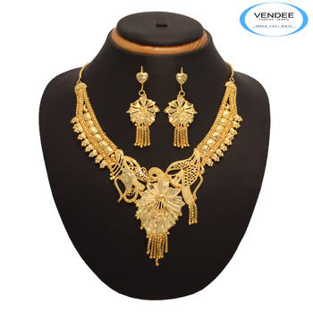 Vendee Fashion 1 gm Gold Plated Necklace