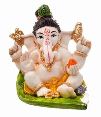 Karigaari India Handcrafted Resine Little Ganesha Idol Sitting on Leaf Sculpture Vinayaka Showpiece Ganesha Idols