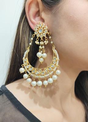Erum White Kundan Chandbali Earrings