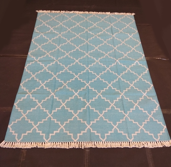 Natural Hand woven Green Cotton Made Modern Area Rug Home Decorative Rug Carpet