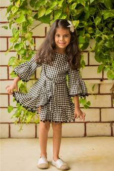 6bc0cb6f7e Indian Frocks for Girls | Buy Designer Kids Frocks Online