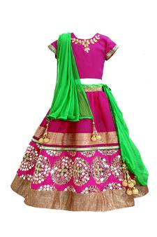 7aa8265adc2 Indian Kids Wear - Buy Children Outfits for Boys & Girls Online