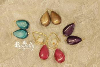 Royalty Pearls Colored Stone Adjustable Earrings